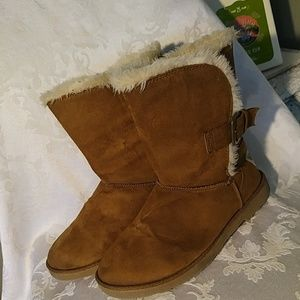 Makalu CA Pull-on Boots sz 6 1/2